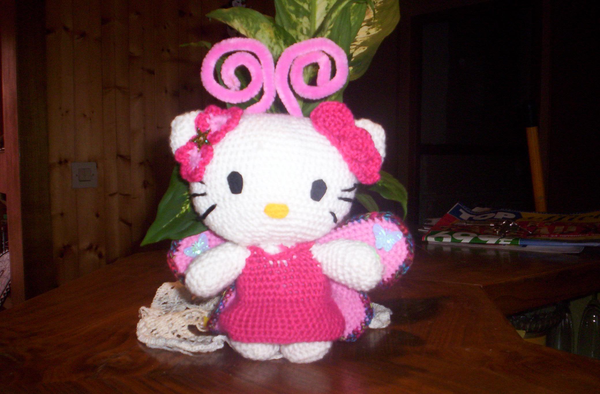 Tuto Gratuit Amigurumi Hello Kitty : Lea Ptitudes? AMIGURUMIS