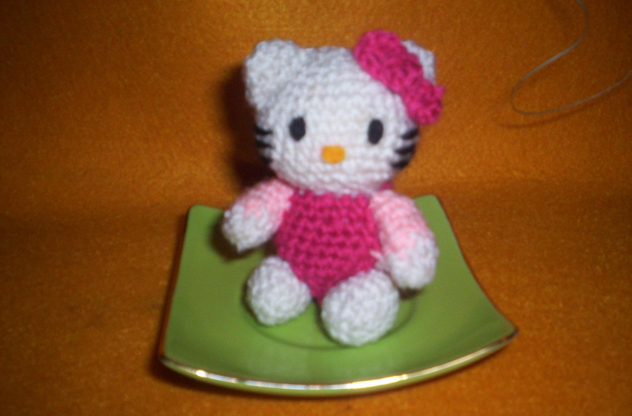 Pin Amigurumi Hello Kitty Vestido Rojo Pelautscom on Pinterest
